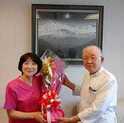 院長と福井助産師