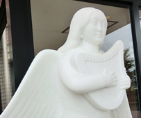 ハープを奏でる天使